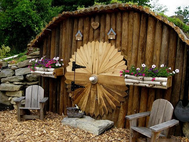 Pretty amazing garden shed Gardening Ideas Tips