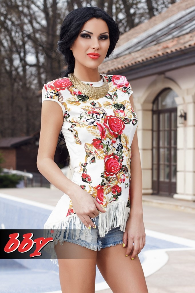Pin by #Beautiful #Women #Romania on #Daniela #Crudu ...