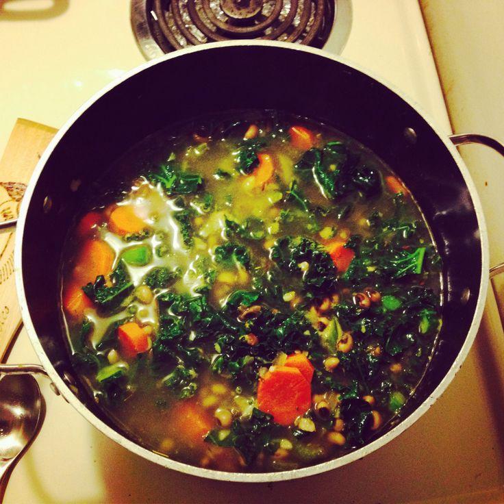 Black eyed bean and kale soup #vegan | Food | Pinterest
