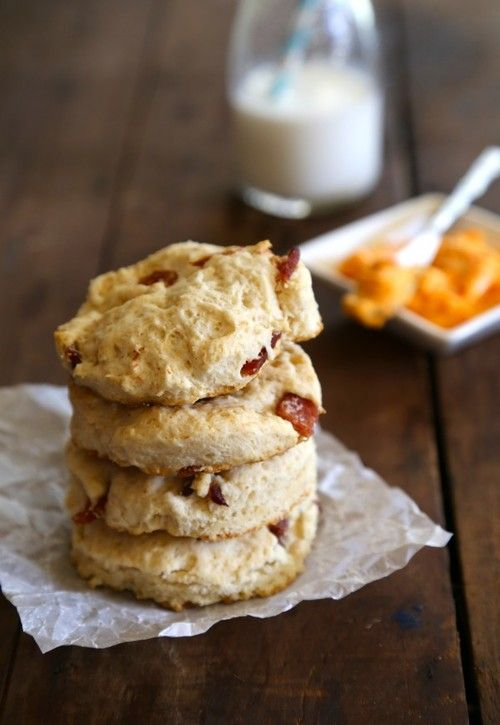 Easy Buttermilk Bacon Biscuits | Bread / Muffins | Pinterest