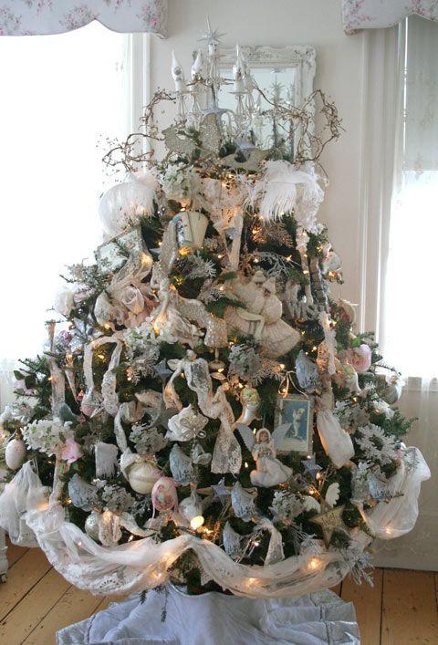 Shabby chic Christmas tree..  Shabby chic  Pinterest