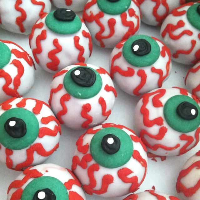 Halloween Cake Balls | Halloween | Pinterest