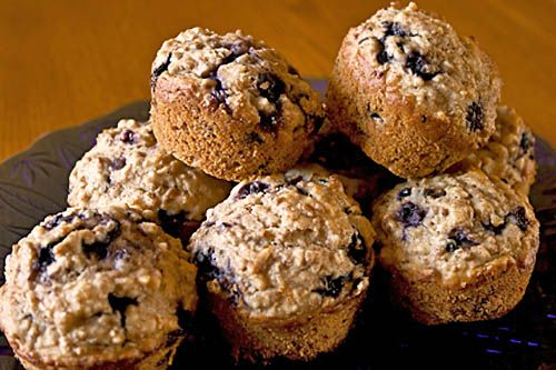 Clean Eating - Blueberry Bran Muffins | clean eating | Pinterest