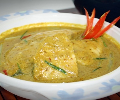 Thai yellow curry with fish | Thai Food | Pinterest