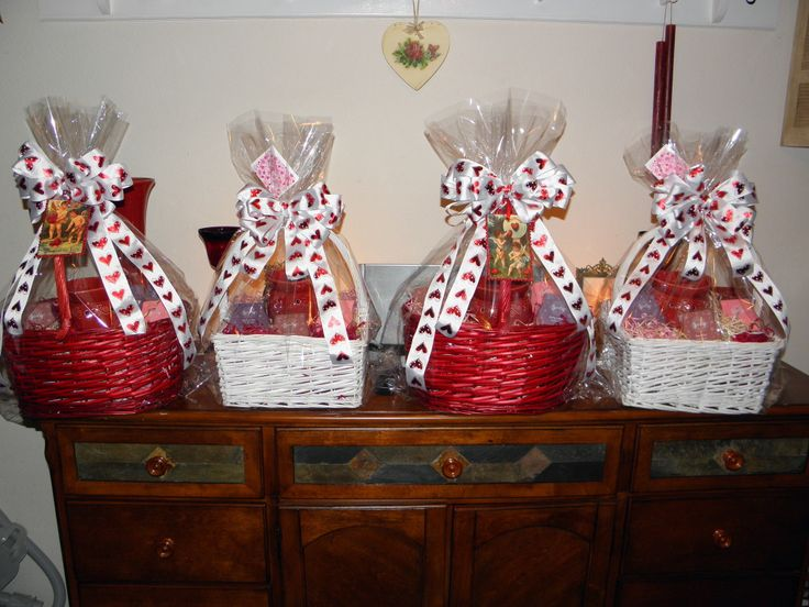 Scentsy valentines gift basket home decor pinterest for Home decorating gift ideas