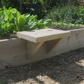 Moveable seat for raised gardening beds - Click image to find more Gardening Pinterest pins