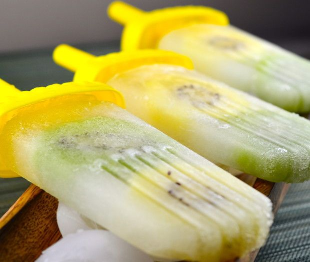 Coconut Water Limeade & Kiwi Ice Pops This home made pops are have ...