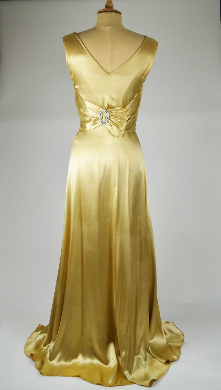 Gold vintage wedding dresses the image for Antique rose wedding dress