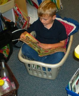Love this idea as one option for kids to choose...Confined seating options may improve reading stamina