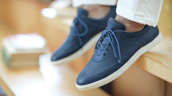 Clae Shoes | The Room by Basmatee