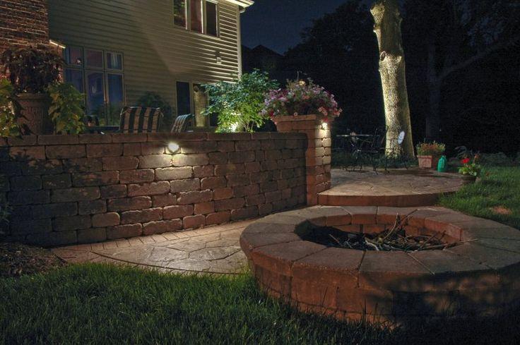Retaining Wall Landscape Lights : Retaining wall lighting Outdoor Renovations Pinterest