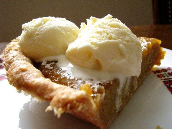 Pumpkin pie with ice cream | Desserts | Pinterest