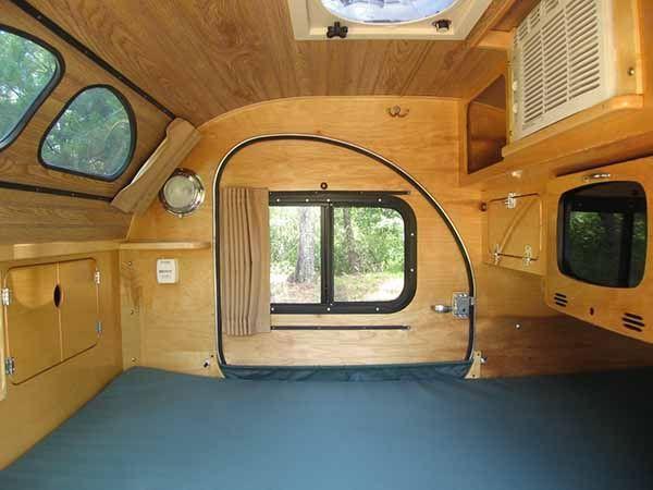 Camp inn teardrop 550 ultra teardrop trailers pinterest for Small caravan interior designs