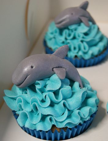 Dolphin cupcakes!