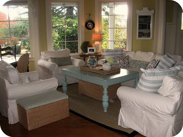Modern Cottage Living Room : cute..modern cottage style  Home Inspiration / Living Room  Pintere ...