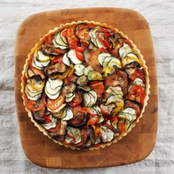 Ratatouilli tart with ricotta | Get in my Belly | Pinterest