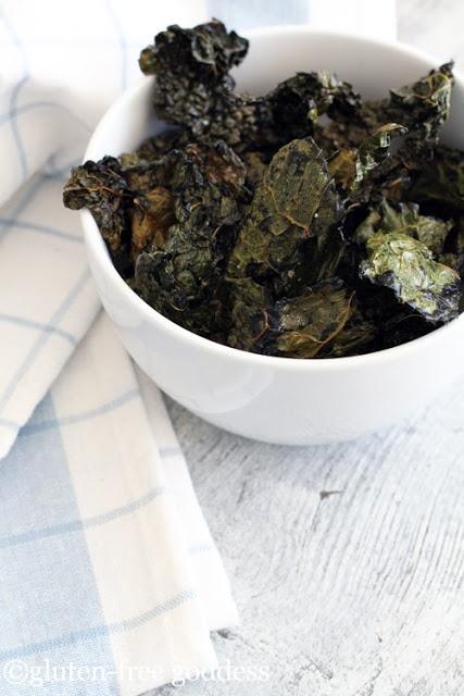 Easy Crispy Kale Chips. Olive oil and sea salt, lemon pepper, or Greek ...