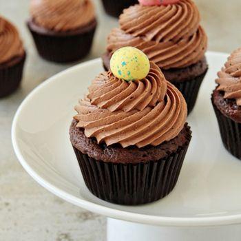 Chocolate malt cupcakes | Food Finds | Pinterest