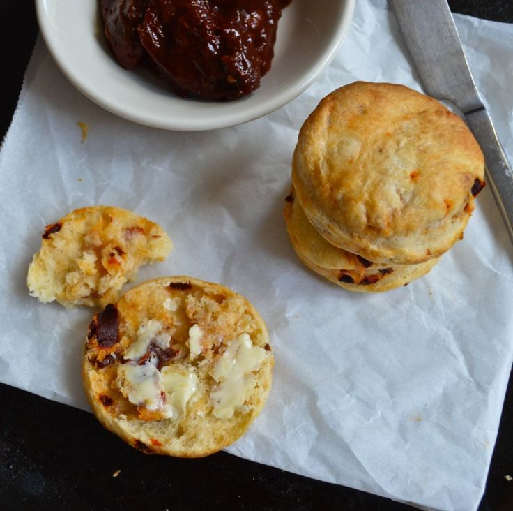 Chipotle Cheddar Biscuits (Chipotle Scones) - Hungry and Confused