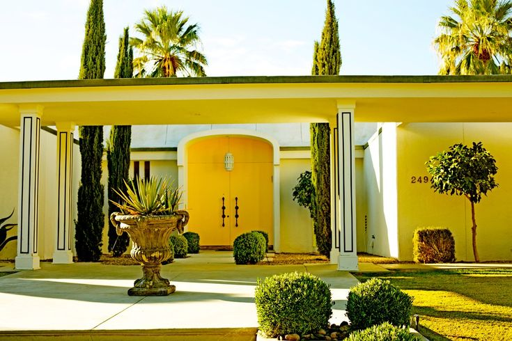 Stunning palm springs estate mid century modern for 10x15 room design