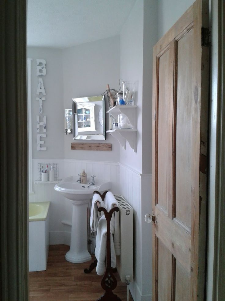 Awesome -budget bathroom makeover  DIYs Crafts & Recipes group board ...
