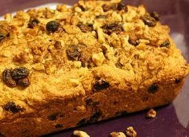 Hunger Games inspired recipe: Peeta's Raisin Nut Bakery Bread