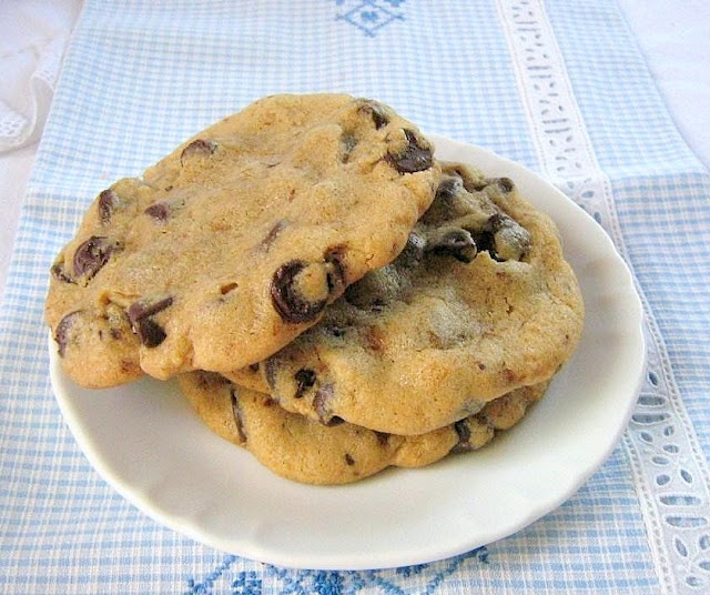 Neiman Marcus Chocolate Chip Cookies | Cakes and Cookies | Pinterest