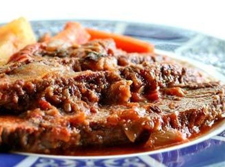 Yum... I'd Pinch That! | Crock Pot Swiss Steak