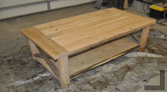 make your own distressed farmhouse coffee table