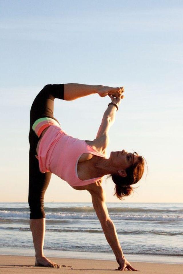 Half moon variation yoga flexibility pinterest for Yoga tumblr inspiration
