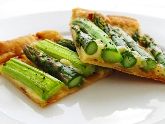Asparagus Gruyere Tart | Good Eats | Pinterest
