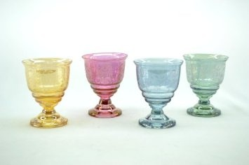(lovely glasses)  Amazon.com: 4-Piece Set Of Juice Drinking Glass 4 Colors And Etchings Glasses set of 4: Kitchen & Dining