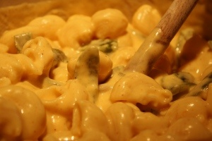 29th Birthday Food! Macaroni and Cheese with Roasted Poblano Chiles