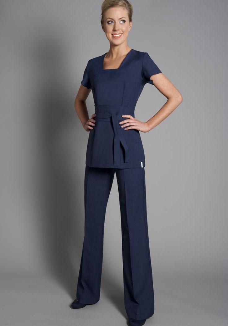 La toque blanche uniformes marzo 2014 for Spa ladies uniform