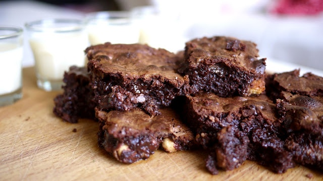 whopper brownies by The Londoner   Sweet Treats   Pinterest