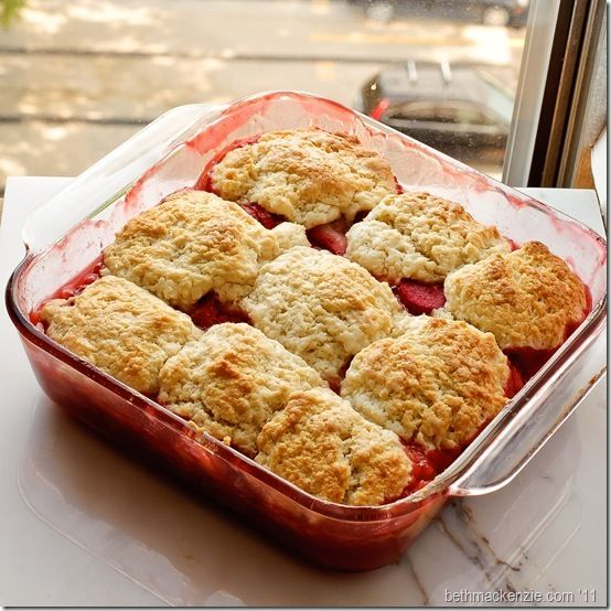 Strawberry Rhubarb Cobbler | Cakes, Desserts, and Goodies | Pinterest