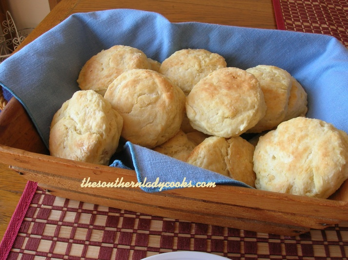Sour Cream Biscuits | Favorite muffins and bread | Pinterest