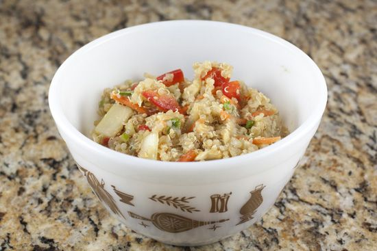 Simple, filling Asian quinoa salad. Good for weekday lunches. Easy to ...