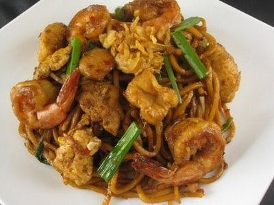 Mee Goreng Mamak Pedas (Fried Spicy Malaysian Noodle)