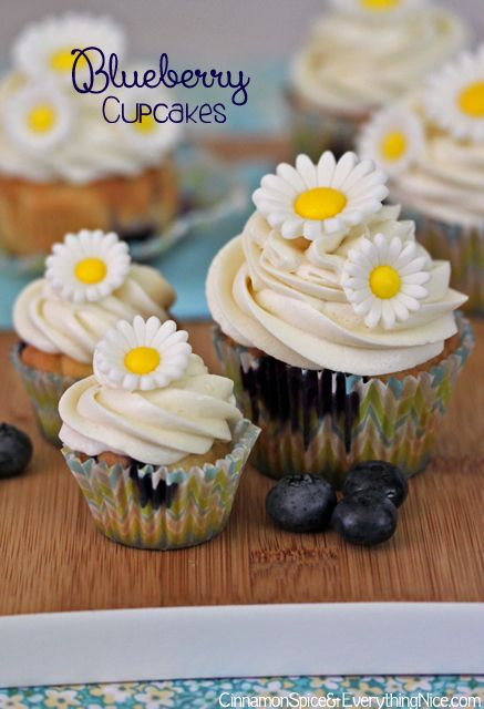 Blueberry Cupcakes with Lemon Cream Cheese Frosting | Recipe