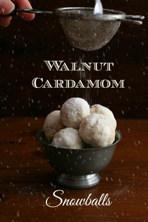 Walnut Cardamom Snowball Cookie Recipe #lowcarb #glutenfree