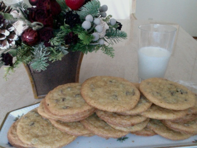 amazing chocolate chip cookies: crispy rims with a chewy middle
