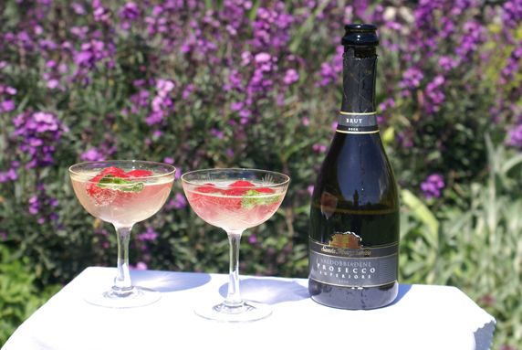 Limoncello and Prosecco Cooler with iced Raspberries - Life & Soul ...