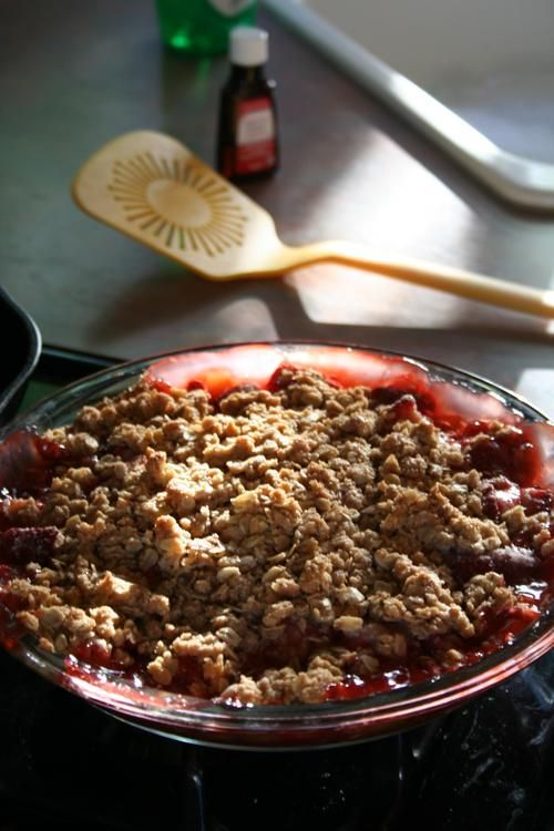 Strawberry Rhubarb Crisp | Food and Drink | Pinterest