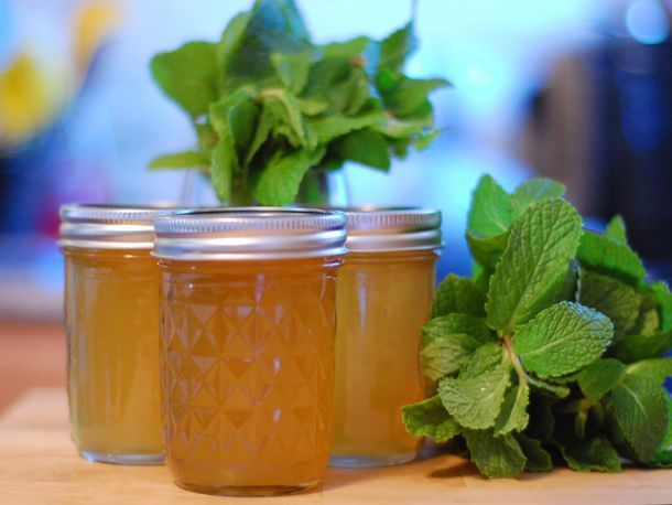 Mint Jelly from Serious Eats (http://punchfork.com/recipe/Classic-Mint ...
