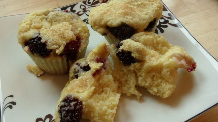 Lemon Blackberry Ricotta Muffins | to have with my coffee | Pinterest
