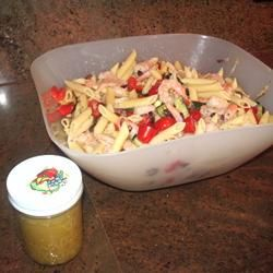 Greek Pasta Salad with Shrimp, Tomatoes, Zucchini, Peppers, and Feta ...
