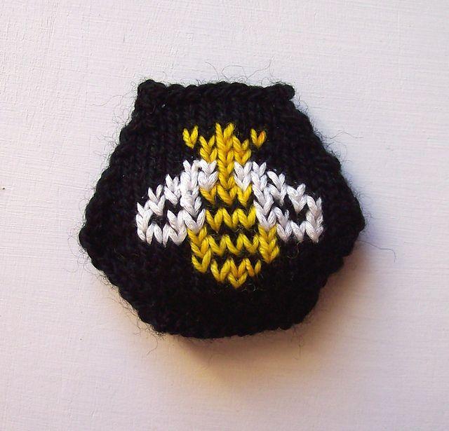 Free Bumble Bee Knitting Pattern : pattern I knit/crochet Pinterest