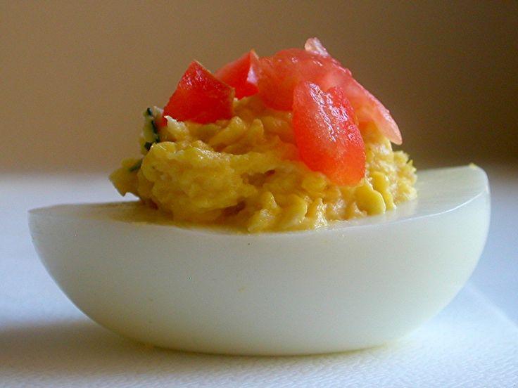 Tuna Deviled Eggs...interesting. | Someday I Might Make This | Pinter ...