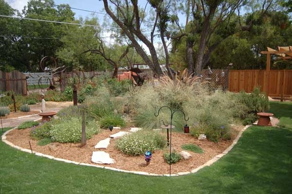 Xeriscaping Backyard Landscaping Ideas : central texas xeriscape  Google Search  Xeriscape Ideas  Pinterest
